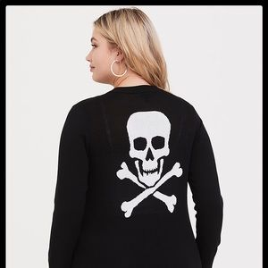 🌼 BLACK SKULL BOYFRIEND CARDIGAN. PLUS SIZE 6X.